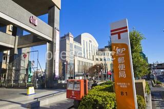 板橋区立成増図書館