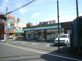 ファミリーマート 板橋成増一丁目店