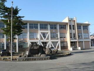 尾花沢小学校