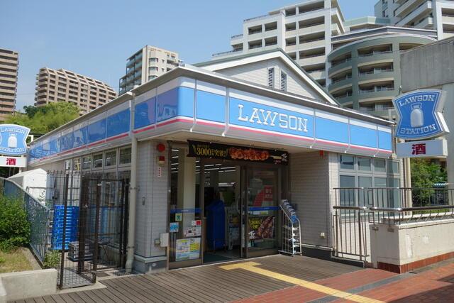 【セブンイレブン神戸須磨車店】792(9m)