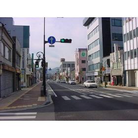 店舗前原町中央商店街通り