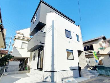 外観 全居室6.6帖以上で、豊富な収納が魅力の間取り設計です。