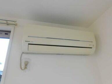 エアコンが付いておりますので、入居初日から快適にお住まい頂けます♪♪