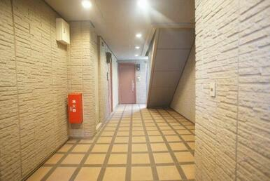 建物廊下内の様子♪