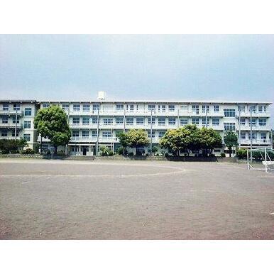三島市立錦田中学校