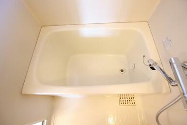 時間差入浴も可・追焚き機能付の浴室★