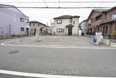 バス停清門北より徒歩3分!区画整理地内の売地です♪建築条件ナシなので、お好きなハウスメーカーで建築…