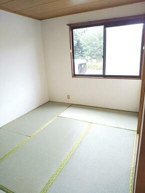 癒しの空間・畳のお部屋も御座います♪