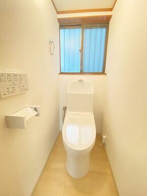 新品に交換済みのトイレです。