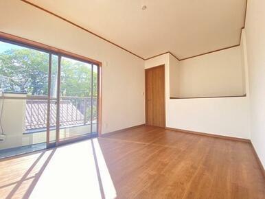 2階東側洋室 別角度です。