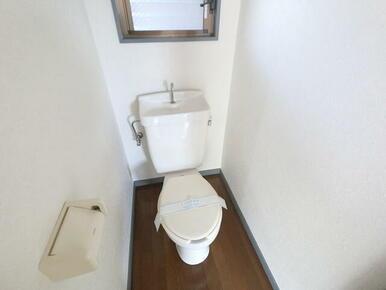 窓付きトイレ★
