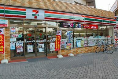 セブンイレブン 大阪江戸堀3丁目店