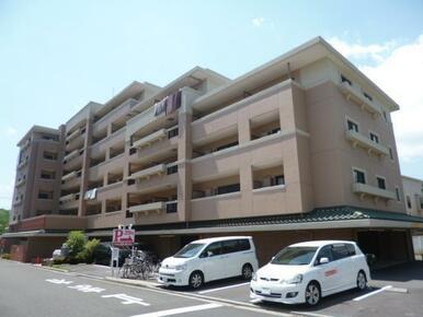 『東福院前』バス停徒歩1分!横浜、桜木町駅行きなどバス便多数