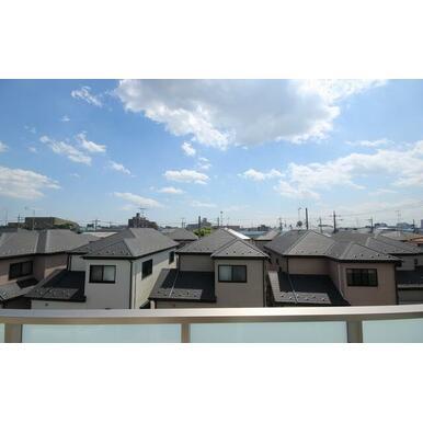 3Fのお部屋から視た景色です☆天気が良い日は見通しが良く気持ち良いです☆