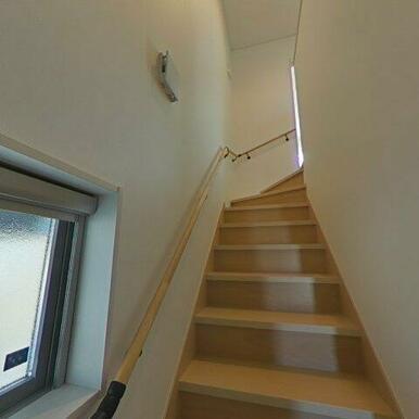 階段。結構ゆったりと登れますよ!