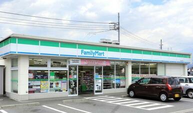 ファミリーマート富士岩松店