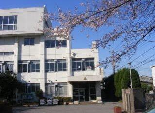 川口市立東領家小学校