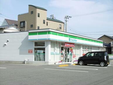 ファミリーマート小松島松島町店