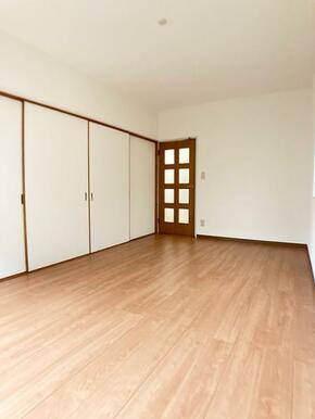 「1階洋室約7帖」フローリング上張り済み