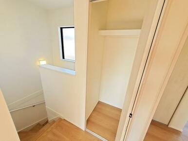 収納 階段などのデッドスペースも有効活用!