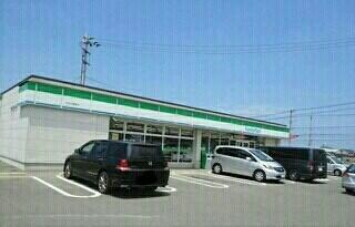 ファミリーマート長尾店さん
