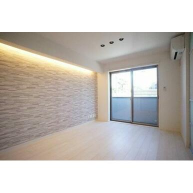 ◆LDK(12.6帖)◆エアコン2台、全部屋照明付きなので、初期費用が抑えられそうですね♪