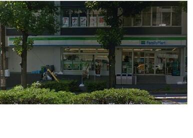 ファミリーマート横浜沢渡店