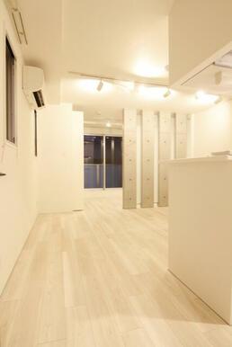 白基調の明るいお部屋♪
