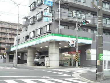 ファミリーマート 戸塚名瀬町店