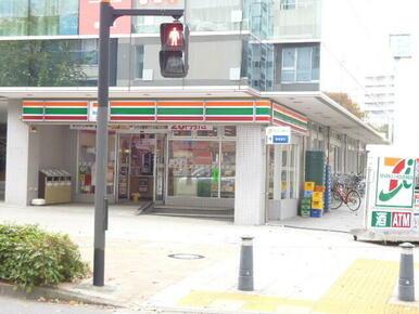 セブンイレブン 新横浜2丁目店