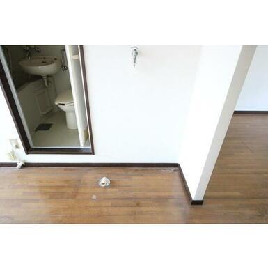 室内洗濯機置き場あります♪