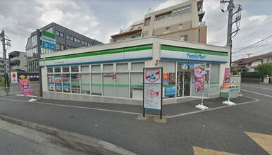 ファミリーマート スリーウェル新石川二丁目店