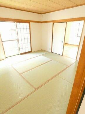 1階8帖和室