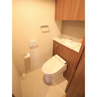 使い勝手はもちろん、デザイン性のある住設でコーディネイトされております。