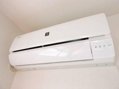 LDKに1台エアコンが付いています♪