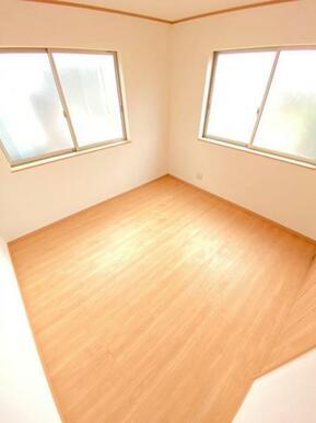 各居室収納付きでお部屋を広く使えます!