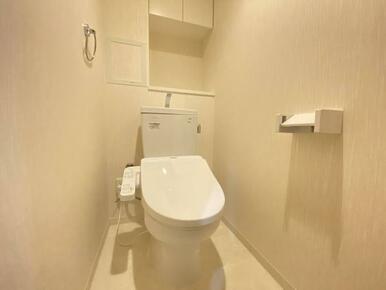 「トイレ」TOTO製のトイレとなっております