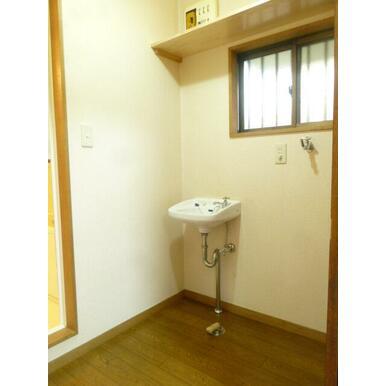 ★室内洗濯機置場・独立洗面台★