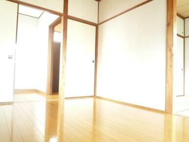 洋室6帖♪(他号室参照)