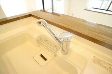 ワンタッチできれいなお水が飲める浄水機能付き水栓!