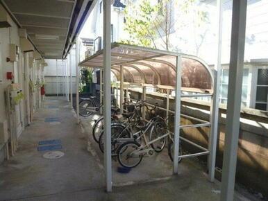大切な自転車を雨から守る屋根付駐輪場♪