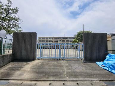 長森東小学校