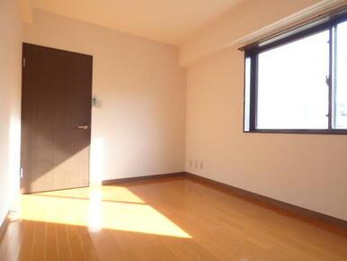 ★明るい室内空間です★