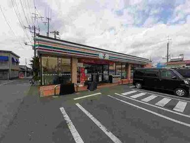 セブンイレブン館山城山公園店