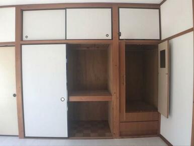 2階東側洋室収納スペース