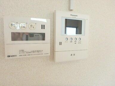 来訪者対応に安心のテレビモニターホン♪