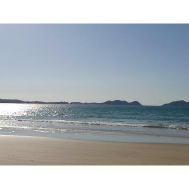 徒歩10分程の位置にある浜辺も魅力です