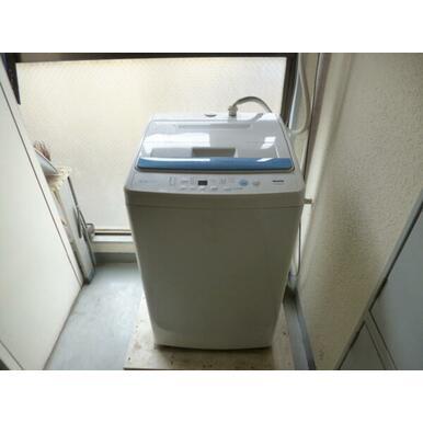 共同洗濯機、各階にあり