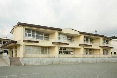 御殿場市立神山小学校