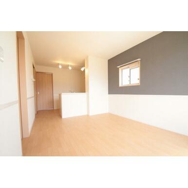 ※退室前、もしくはリフォーム中の為、同物件同タイプの他のお部屋の写真を掲載いたします。設備や建具のカ